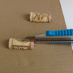 Tischkärtchenhalter aus Korken basteln