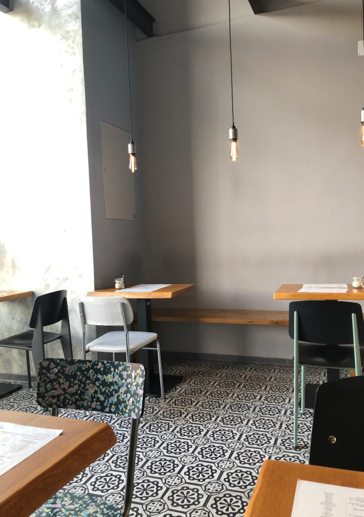 Café Le Marché Interior